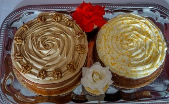 Coffee walnut & carott cakes
