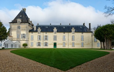 The front of the Chateau after